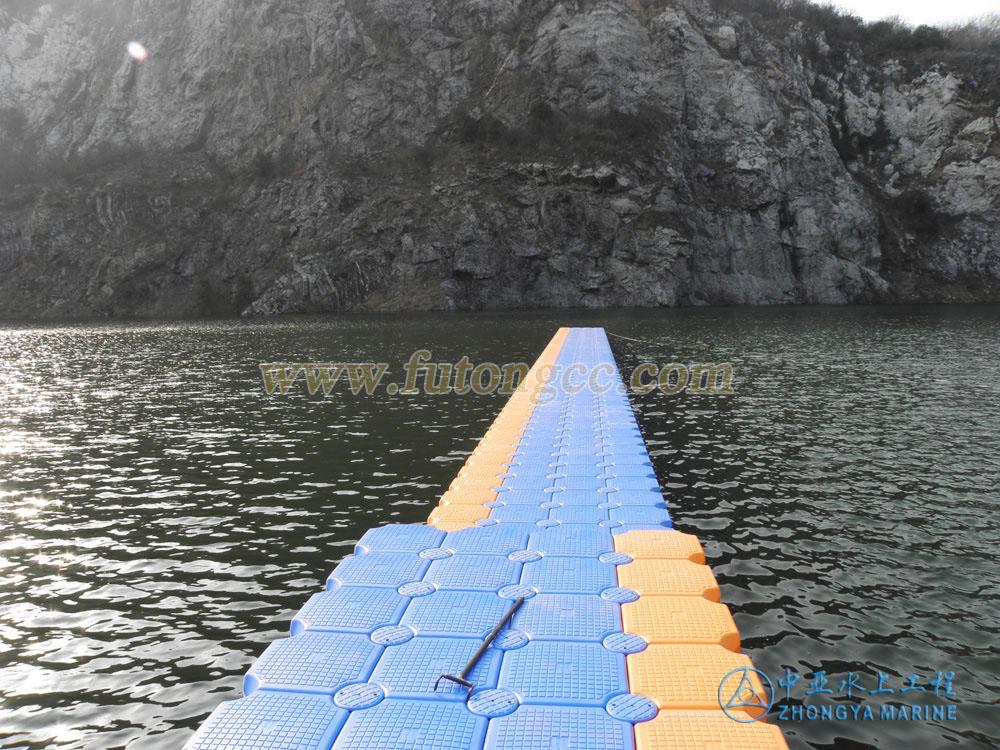 江苏镇江水上游泳池
