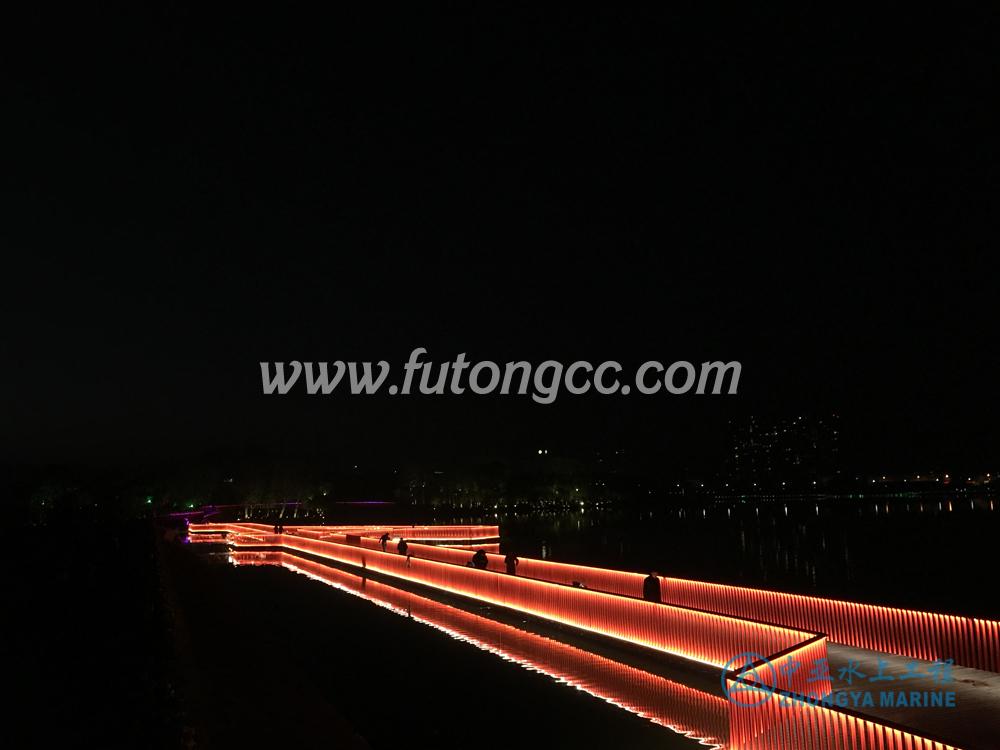 浦江金狮湖浮桥