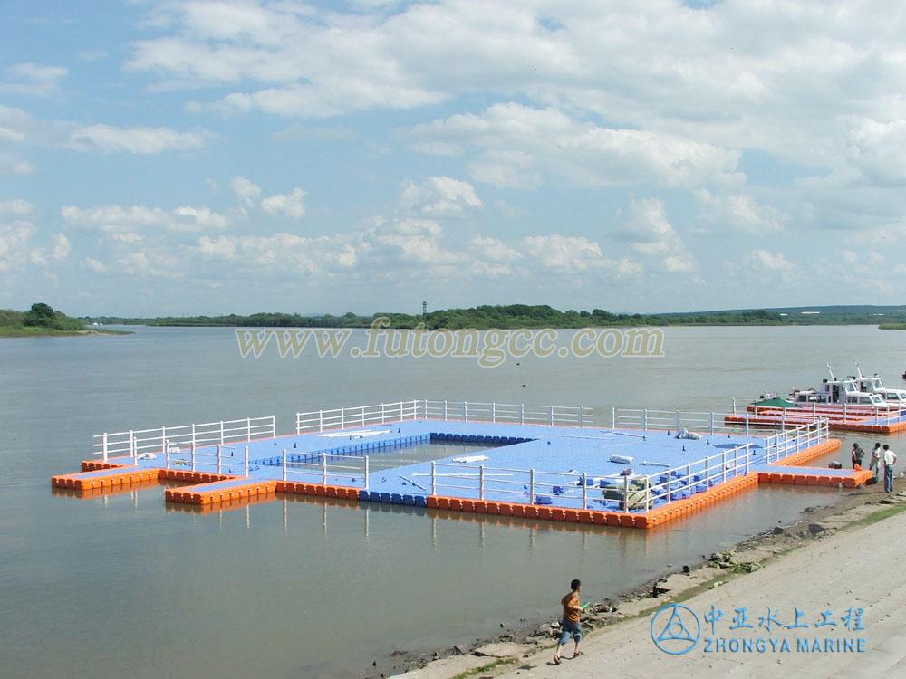 鸡西虎林游泳池