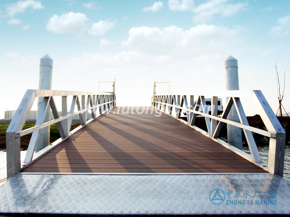 南京金牛湖游艇码头
