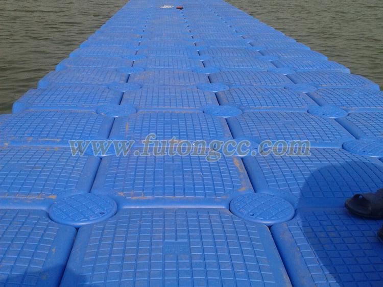河南洛阳小浪底水电站浮动码头已完工