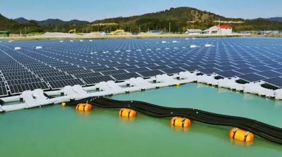 水上漂浮式光伏电站的国内外发展现状